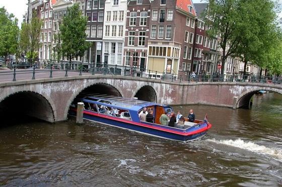 القنوات النهرية في امستردام