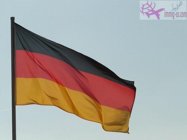 ألمانيا تمنح اللجوء الإنسانى لليبيين كذبة أبريل