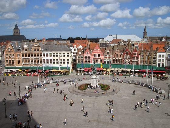 ساحة السوق في بروج