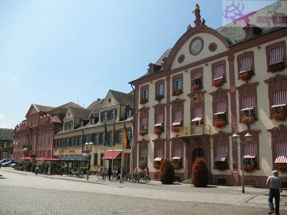 أكبر وأشهر الفنادق في ألمانيا