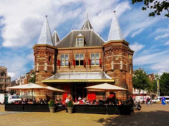أجمل وأشهر مطاعم وكافيهات امستردام