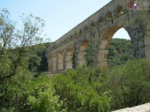 جسر جارد فرنسا