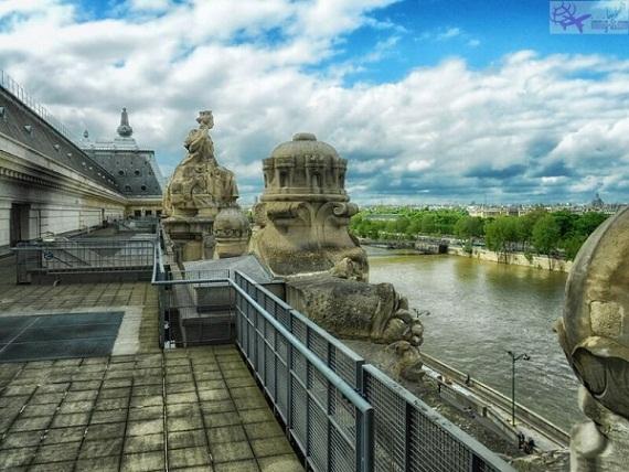 متحف أورسيه وإطلالة رائعة على نهر السين الجميل