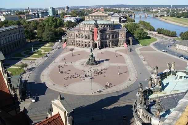 اشتباكات بين مؤيدي ورافضي الهجرة في المانيا