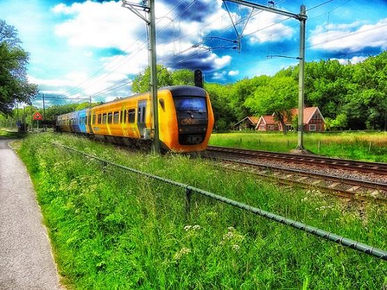 التنقل عبر القطار في هولندا