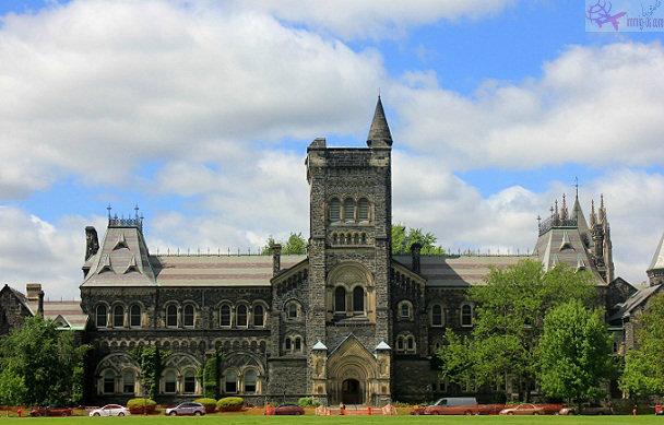 جامعة تورنتو