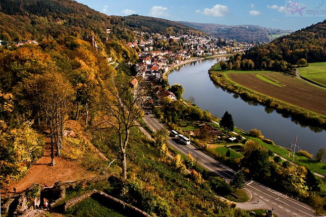 منطقة نهر نيكار في الخريف