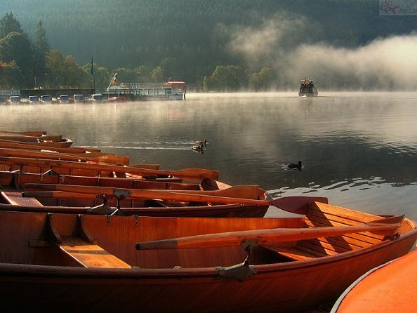 جولة لا تنسى في بحيرة تيتسي