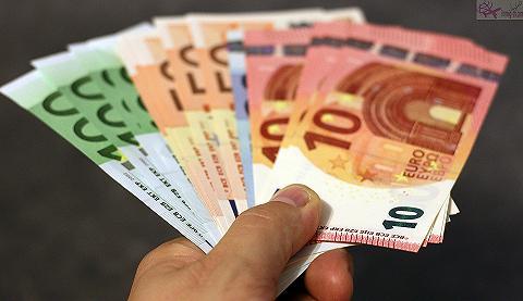 3 مليارات يورو مساعدات أوروبية لتركيا للحد من تدفق اللاجئين الى اوروبا