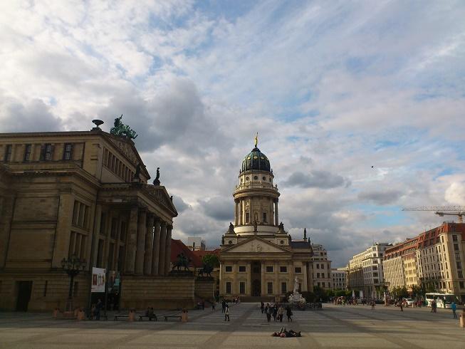 ساحة جيندارمينماركت في برلين