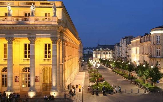 المسرح الكبير في مدينة بوردو