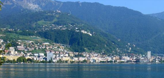 مدينة مونترو السويسرية