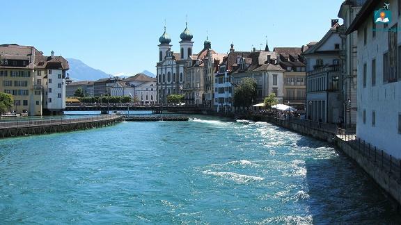 تقرير عن المعالم السياحية فى مدينة لوزيرن السويسرية