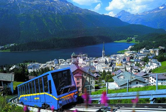 صورة أشهر المعالم السياحية فى مدينة سانت موريتز السويسرية