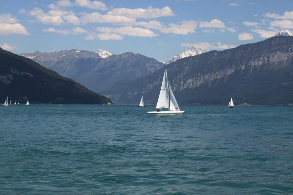 جولة بالقارب في بحيرة برينز