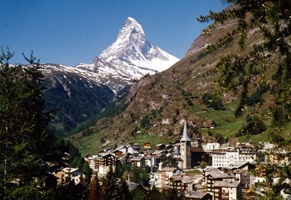 صورة اهم المعالم السياحية فى زيرمات سويسرا .. القلب النابض لجبال الألب