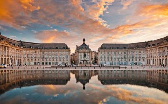 صورة أشهر المعالم السياحية فى مدينة بوردو الفرنسية