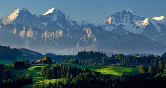 صورة أهم المعالم السياحية فى مدينة لوزان السويسرية