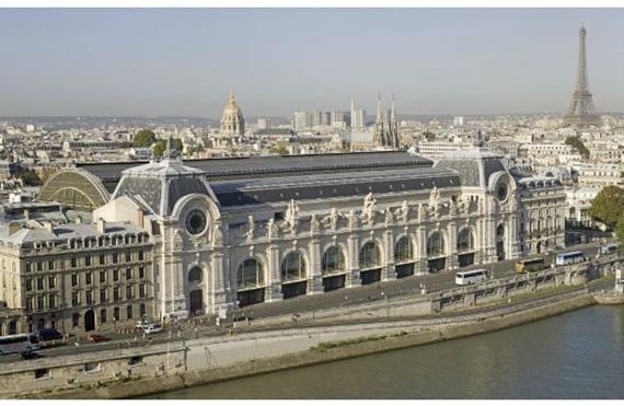 النهر يعانق متحف أورسيه