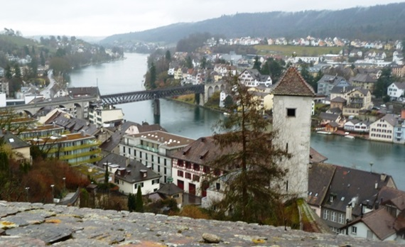 مشهد عام لمدينة شافهاوزن السويسرية