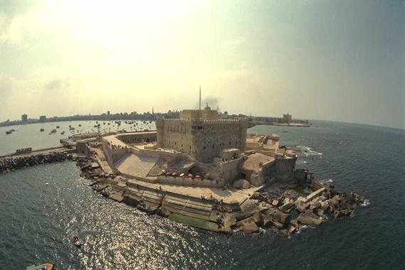 Photo of جزيرة فاروس بمدينة الأسكندرية ونظرة على معالمها السياحية
