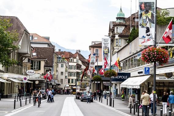 شوارع فى مورين بسويسرا