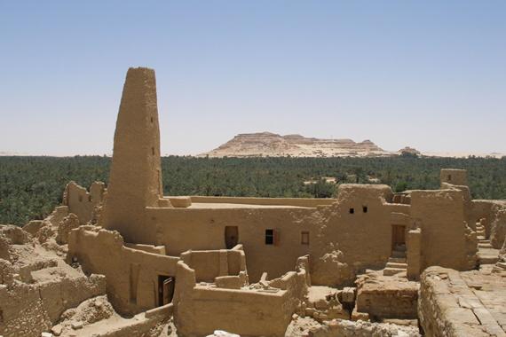 المعابد والأثار الفرعونية فى واحة سيوة