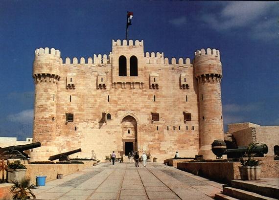 قلعة قايتباى على جزيرة فاروس