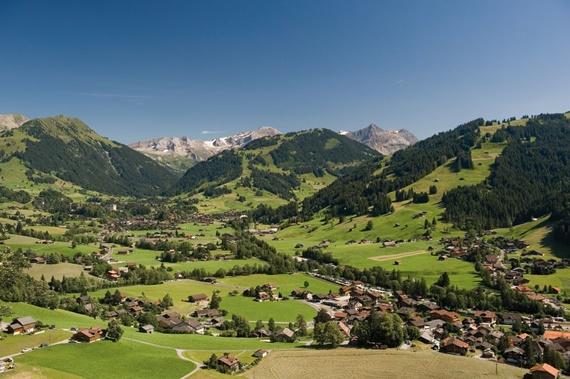 قرية غشتاد السويسرية