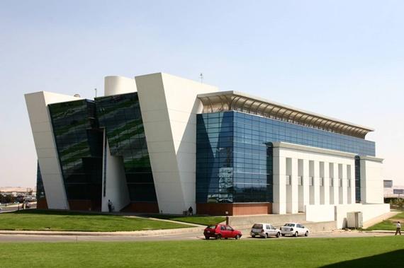 مبنى الدراسات الأستكشافية بمكتبة الأسكندرية