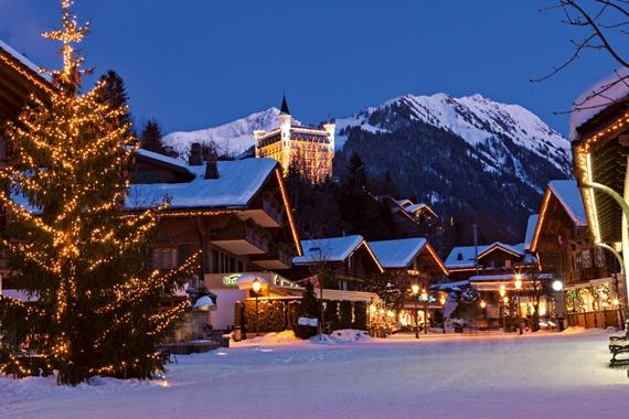 جمال قرية غشتاد السويسرية
