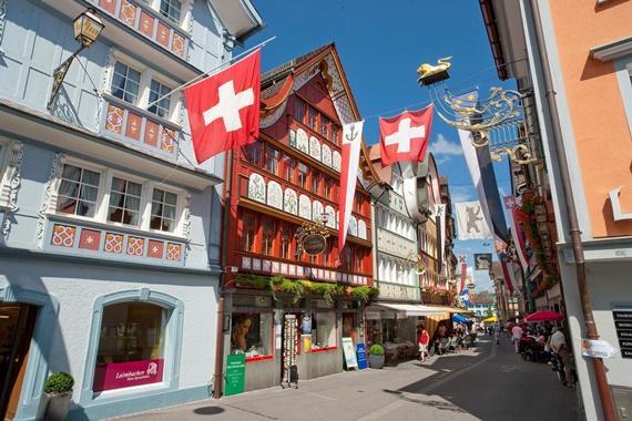 الماتاحف فى مدينة فينتر تور السويسرية