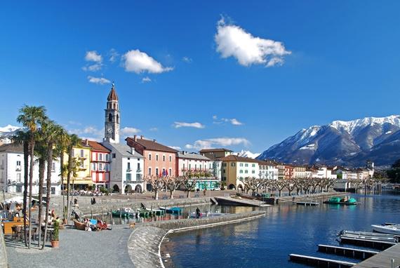 شواطئ البحيرات فى مدينة لوكارنو السويسرية