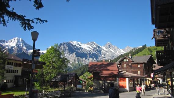 أهم المعالم السياحية فى سويسرا قمة جبل مورين