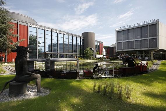 صورة أهم المعالم السياحية متحف النقل فى سويسرا
