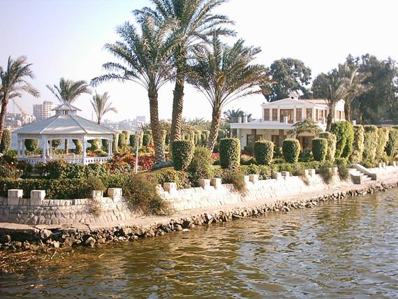 القرية الفرعونية فى مصر