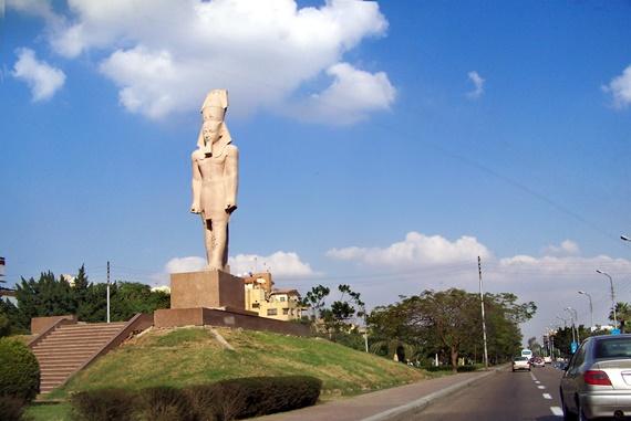 شارع المطار بمصر الجديدة