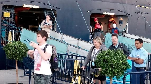 السائحين فى ميناء سفاجا
