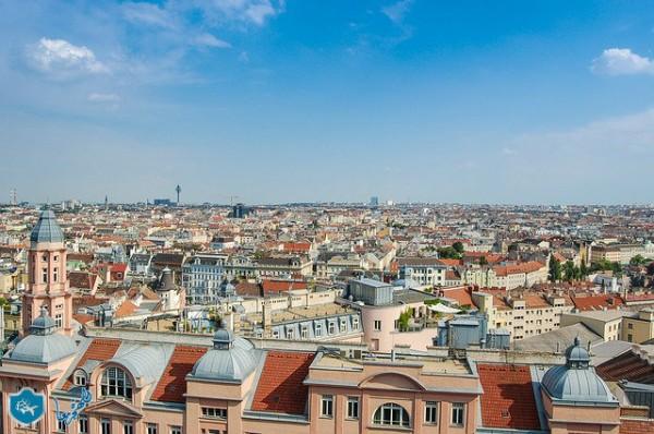 النمسا لن تستقبل أكثر من 80 طالب لجوء يوميا