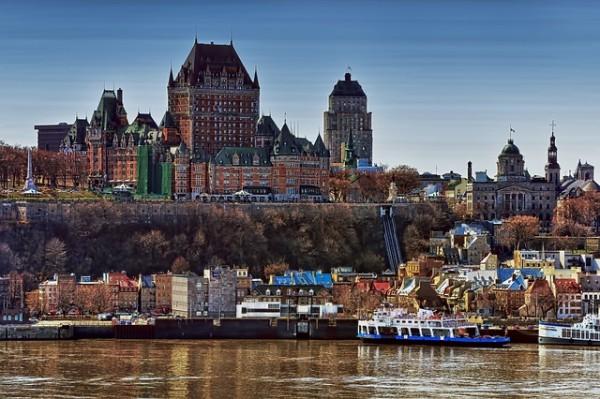 كندا تشدد اجراءات دخول أراضيها