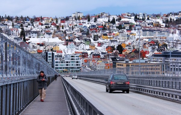 النرويج تتوقع انخفاض أعداد اللاجئين في 2016
