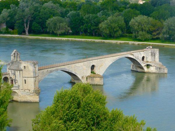 جسر أفينيون