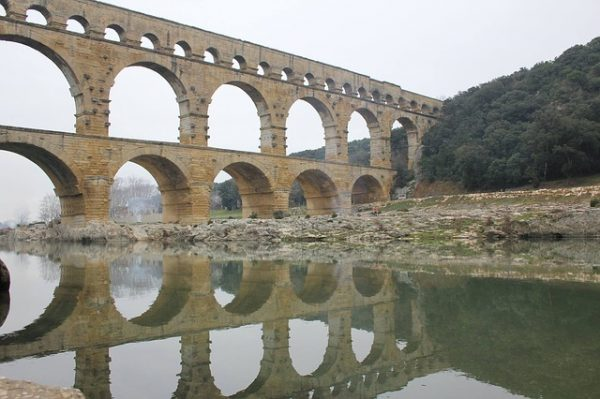 جسر غارد .. بونت دي غار