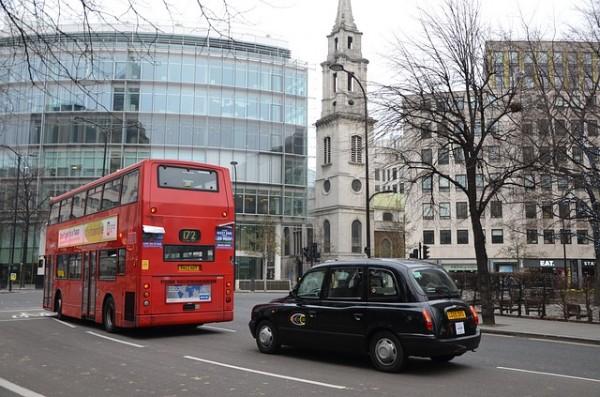 باص لندن