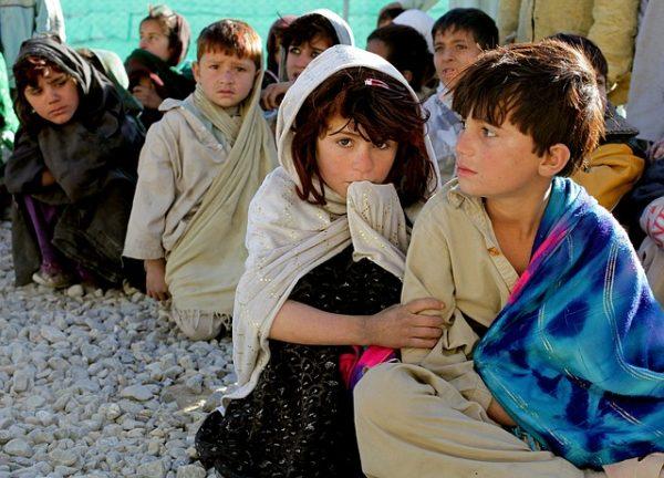بريطانيا تستقبل الأطفال اللاجئين من سوريا على أراضيها