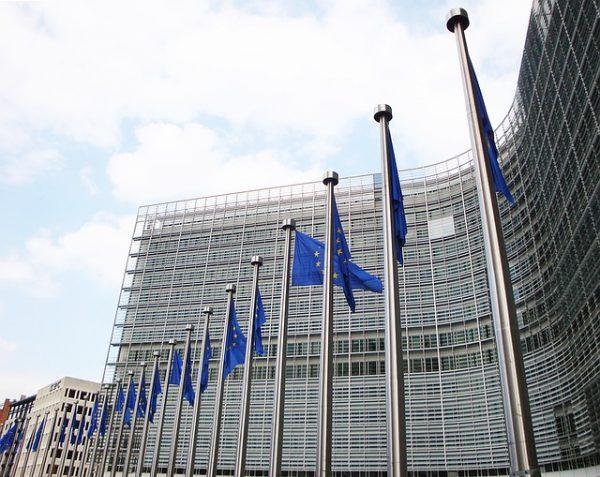 المفوضية الأوروبية توافق على اعفاء الأتراك من تأشيرة اوروبا