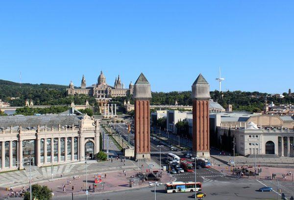 متطلبات الحصول على فيزا العمل في اسبانيا
