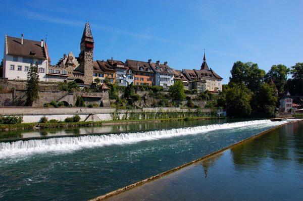 اقامة سويسرا قصيرة الأمد الفئة L