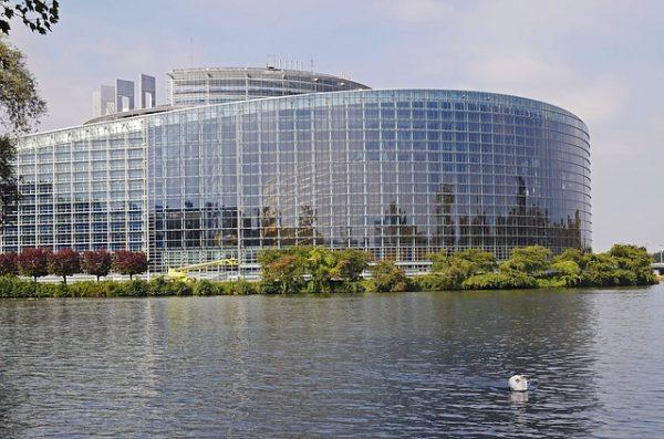انشاء وكالة أوروبية لمكافحة الهجرة غير الشرعية