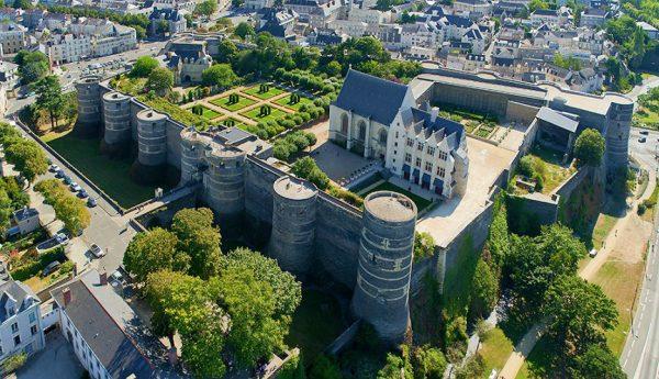 قلعة دي أنجيه